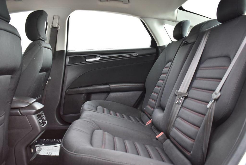 2016 Ford Fusion 4dr Sedan SE FWD - 18574892 - 13