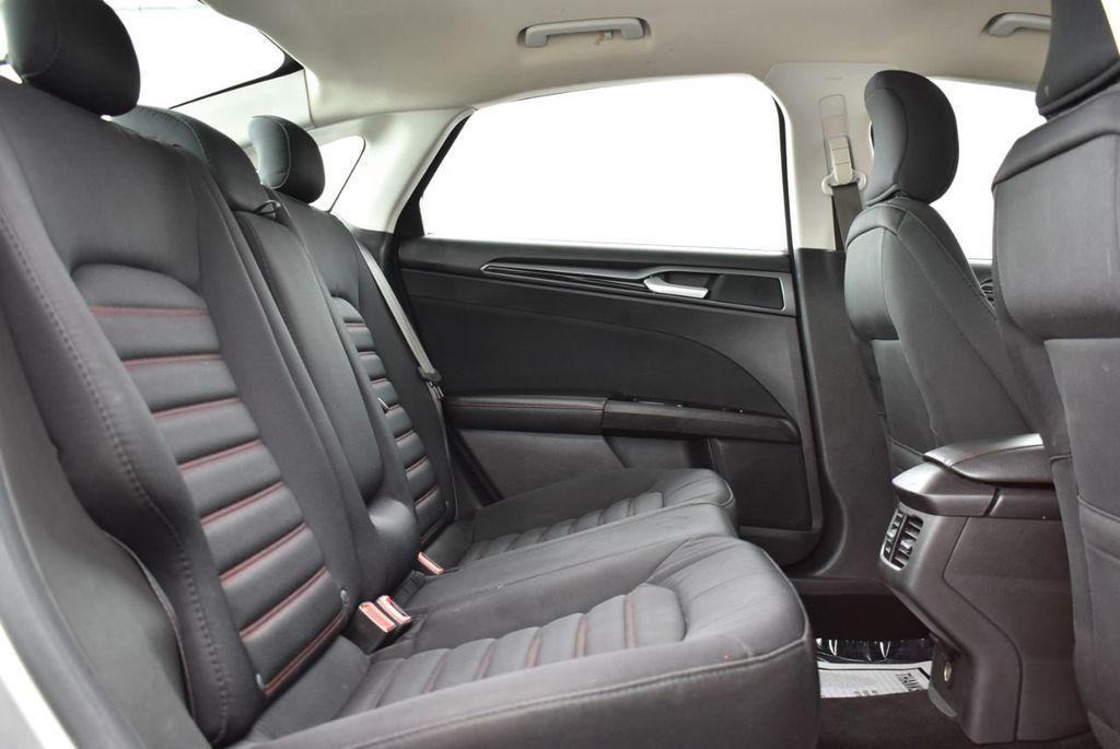 2016 Ford Fusion 4dr Sedan SE FWD - 18574892 - 18