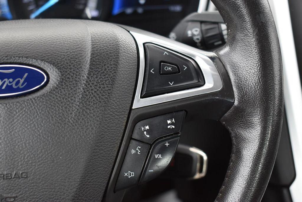2016 Ford Fusion 4dr Sedan SE FWD - 18574892 - 23