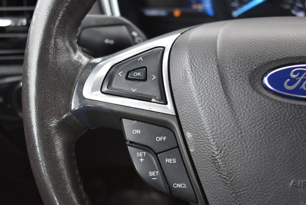 2016 Ford Fusion 4dr Sedan SE FWD - 18574892 - 24