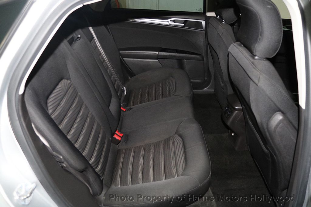 2016 Ford Fusion 4dr Sedan SE FWD - 17858486 - 14