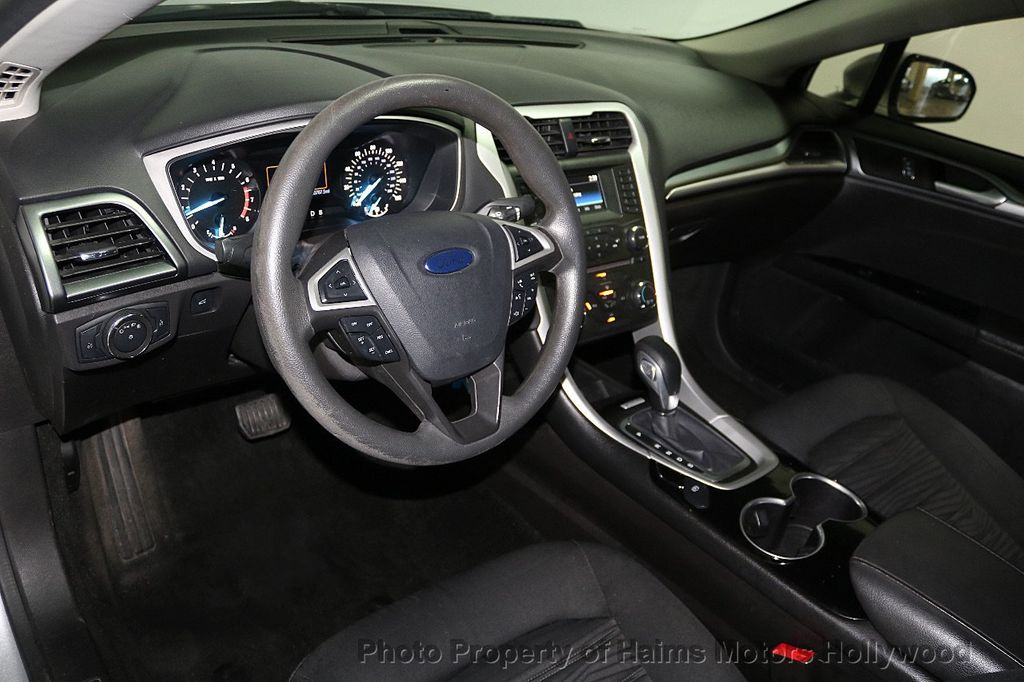 2016 Ford Fusion 4dr Sedan SE FWD - 17858486 - 17