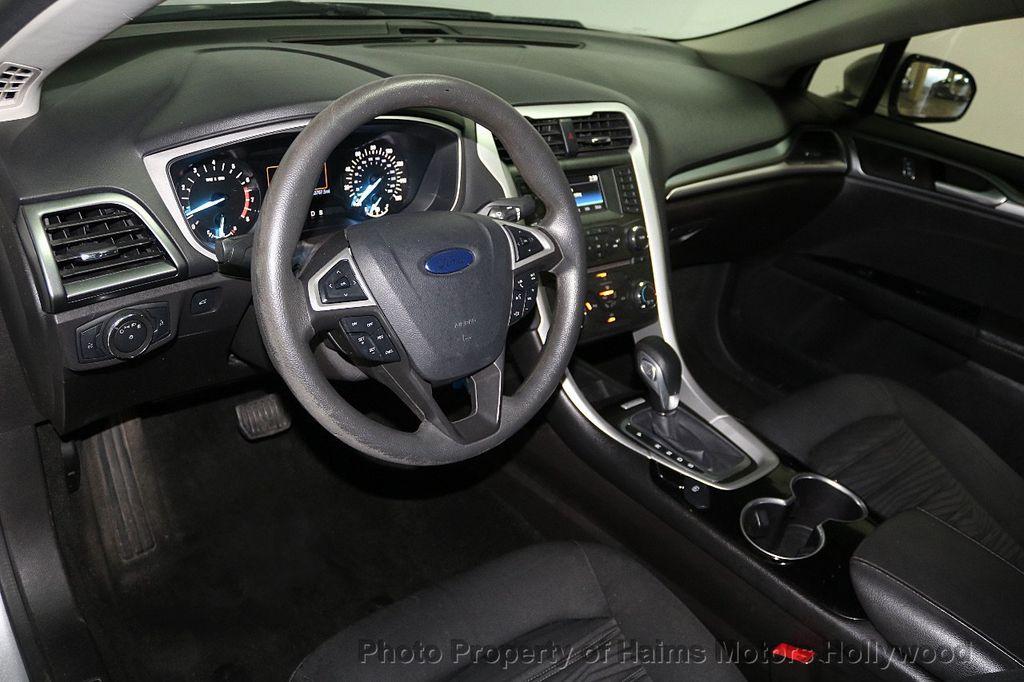 2016 Ford Fusion 4dr Sedan SE FWD - 17858486 - 17