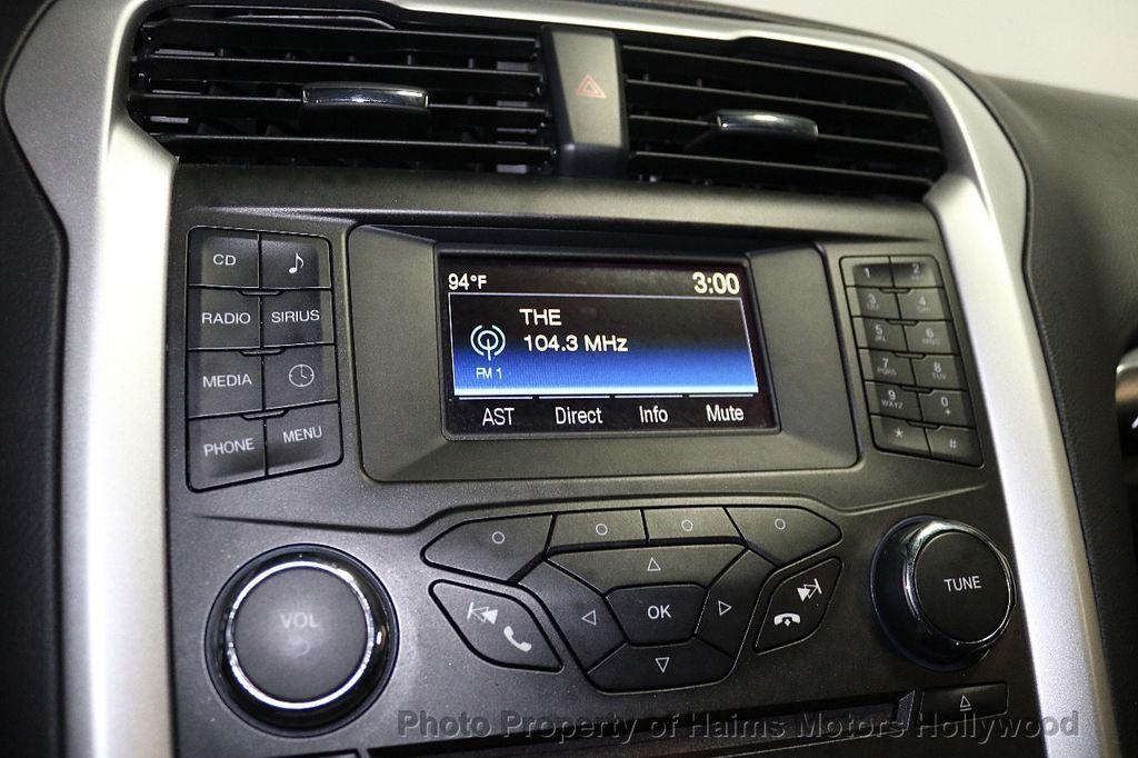 2016 Ford Fusion 4dr Sedan SE FWD - 17858486 - 19