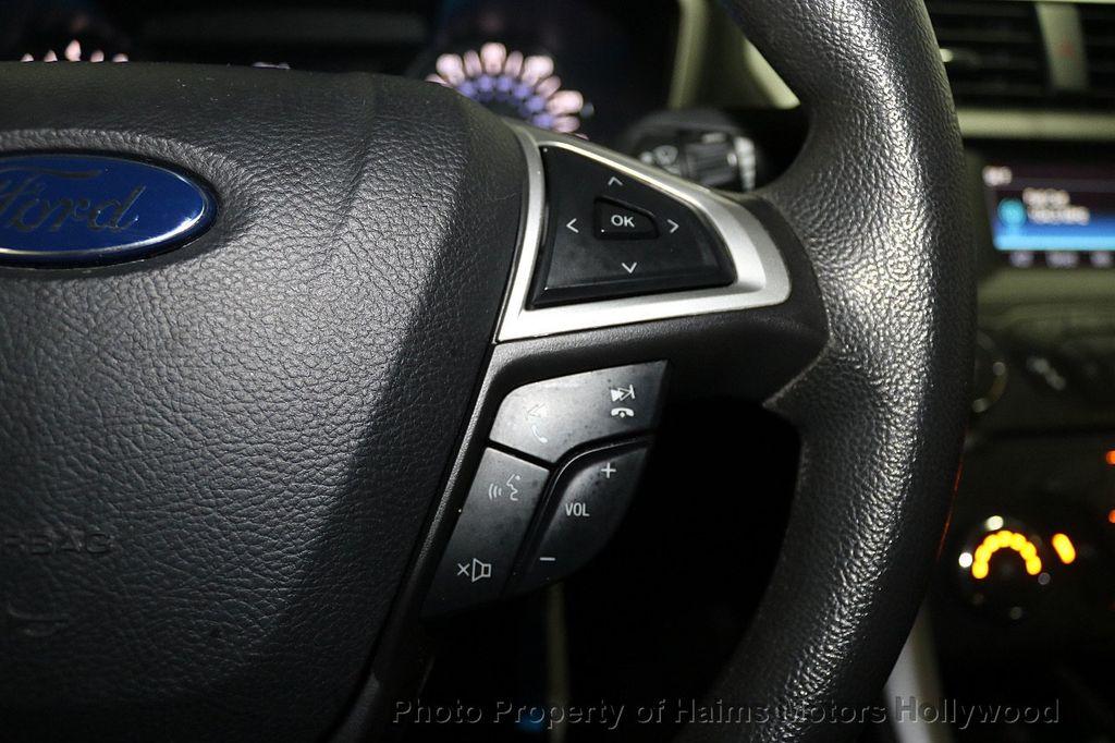 2016 Ford Fusion 4dr Sedan SE FWD - 17858486 - 23