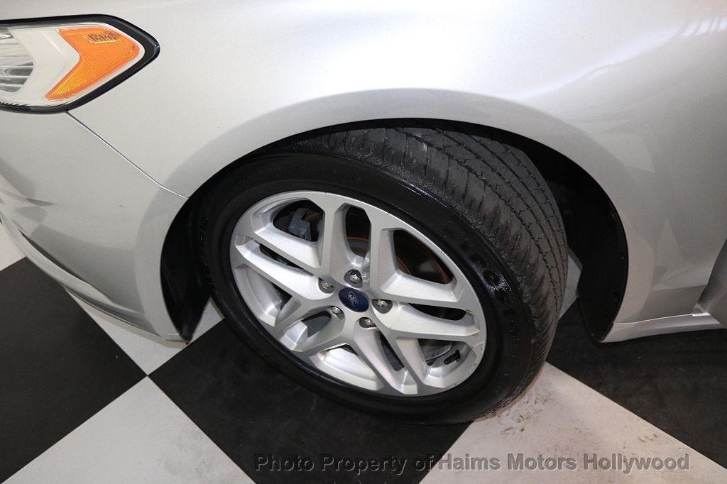2016 Ford Fusion 4dr Sedan SE FWD - 17858486 - 28