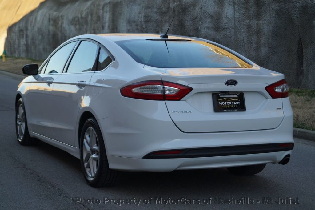 2016 Ford Fusion 4dr Sedan SE FWD - 18496927 - 10