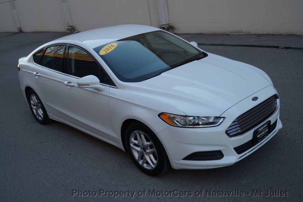 2016 Ford Fusion 4dr Sedan SE FWD - 18496927 - 13