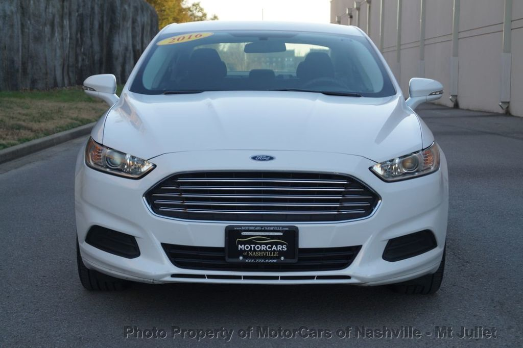 2016 Ford Fusion 4dr Sedan SE FWD - 18496927 - 3