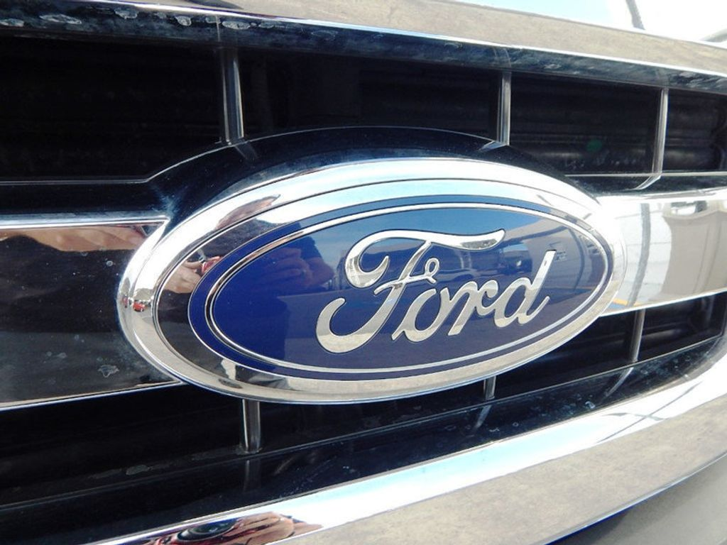 2016 Ford F-150  - 17217898 - 21
