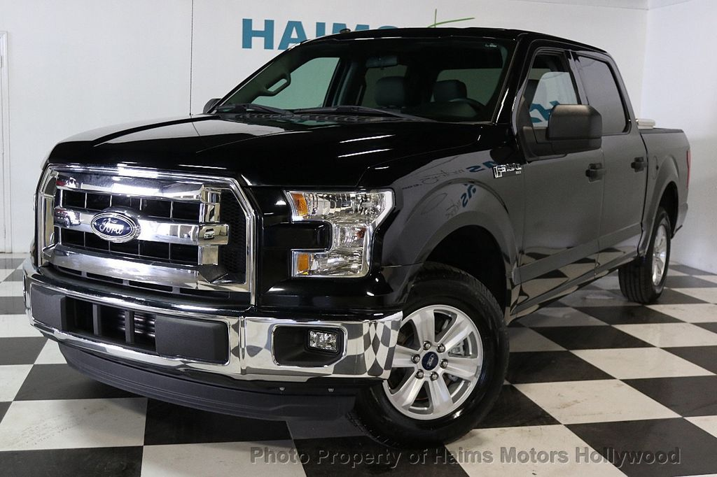 "2016 Ford F-150 2WD SuperCrew 145"" XLT - 17642829 - 1"