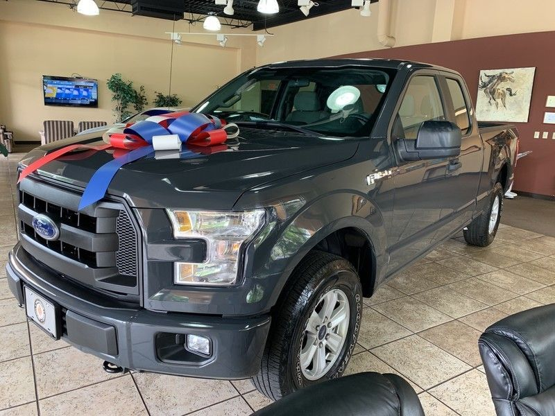 "2016 Ford F-150 4WD SuperCab 145"" XL - 18974955 - 4"
