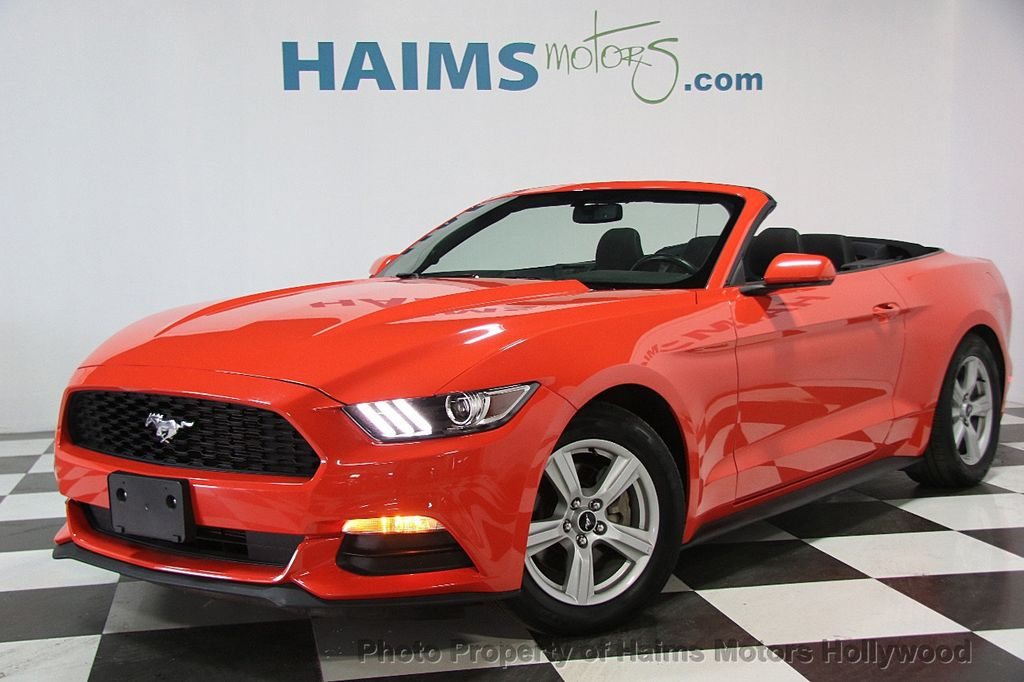 2016 Ford Mustang 2dr Convertible V6 - 16725634 - 1
