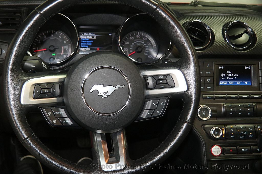2016 Ford Mustang 2dr Convertible V6 - 16725634 - 24