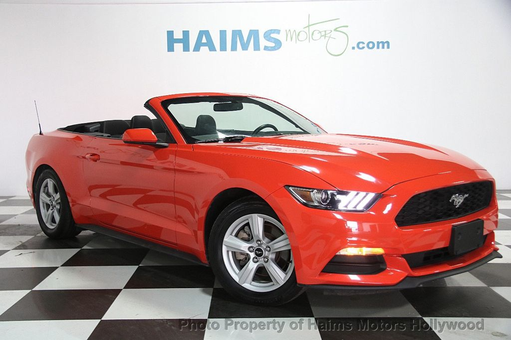 2016 Ford Mustang 2dr Convertible V6 - 16725634 - 3