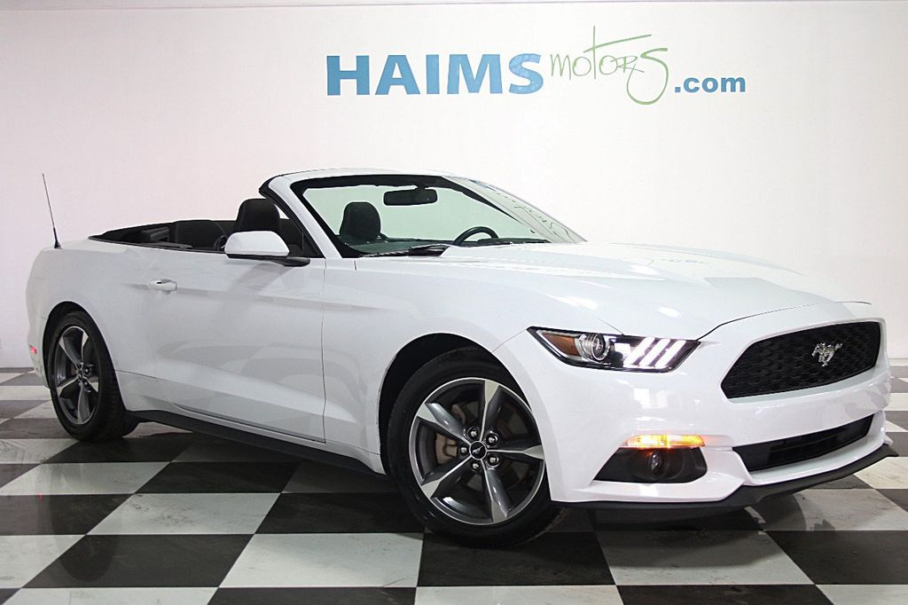 2016 Ford Mustang 2dr Convertible V6 - 16097915 - 2
