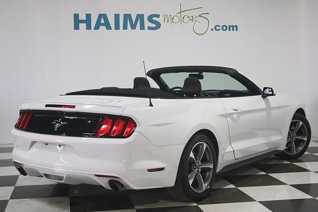 2016 Ford Mustang 2dr Convertible V6 - 16097915 - 8