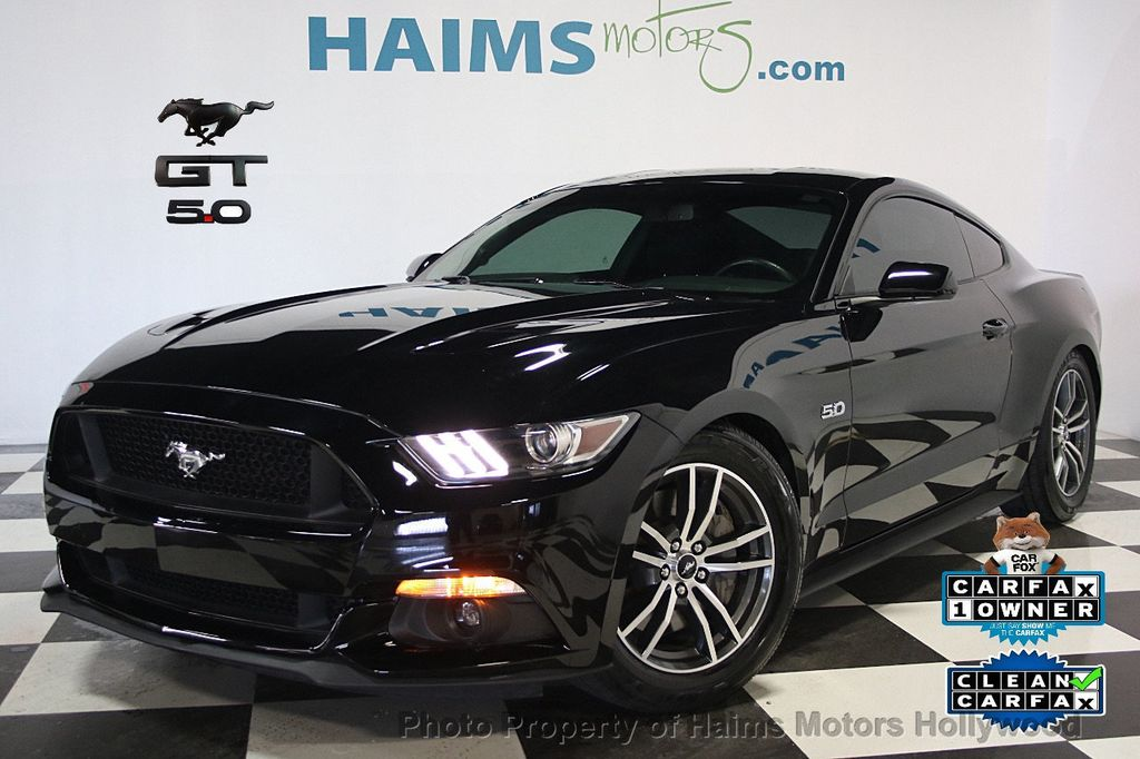 New 2016 ford Mustang Gt Black