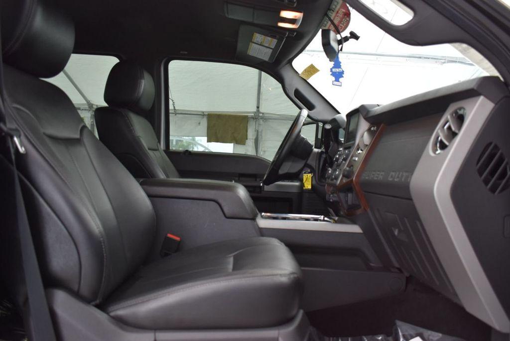 "2016 Ford Super Duty F-250 SRW LARIAT 4x4 5"" Rough Country Lift Kit with Custom 22' Tuff Wheels - 18194293 - 19"