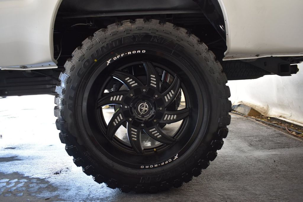 """2016 Ford Super Duty F-250 SRW Plat Edition 4X4 Turbo Diesel 5"""" Rough Country Lift Kit - 18171092 - 8"""