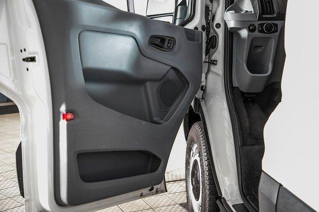 2016 Ford Transit-350  - 18176744 - 23