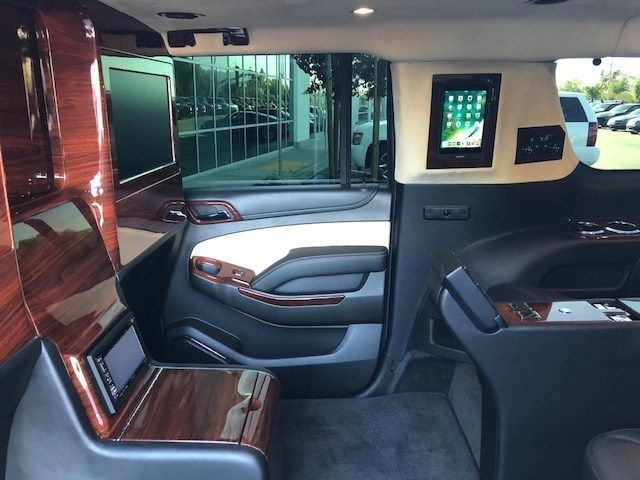 2016 GMC Yukon XL Custom Lexani Executive - 18149000 - 28
