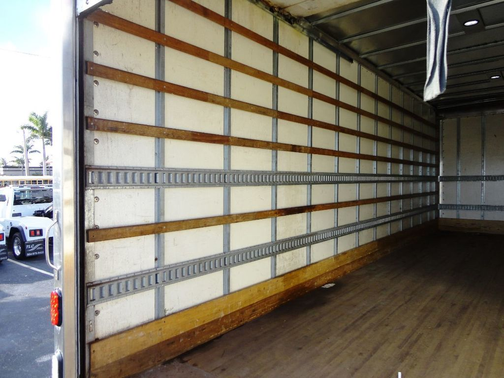 2016 HINO 268A 26FT DRY BOX TRUCK . CARGO TRUCK WITH LIFTGATE - 18388525 - 24