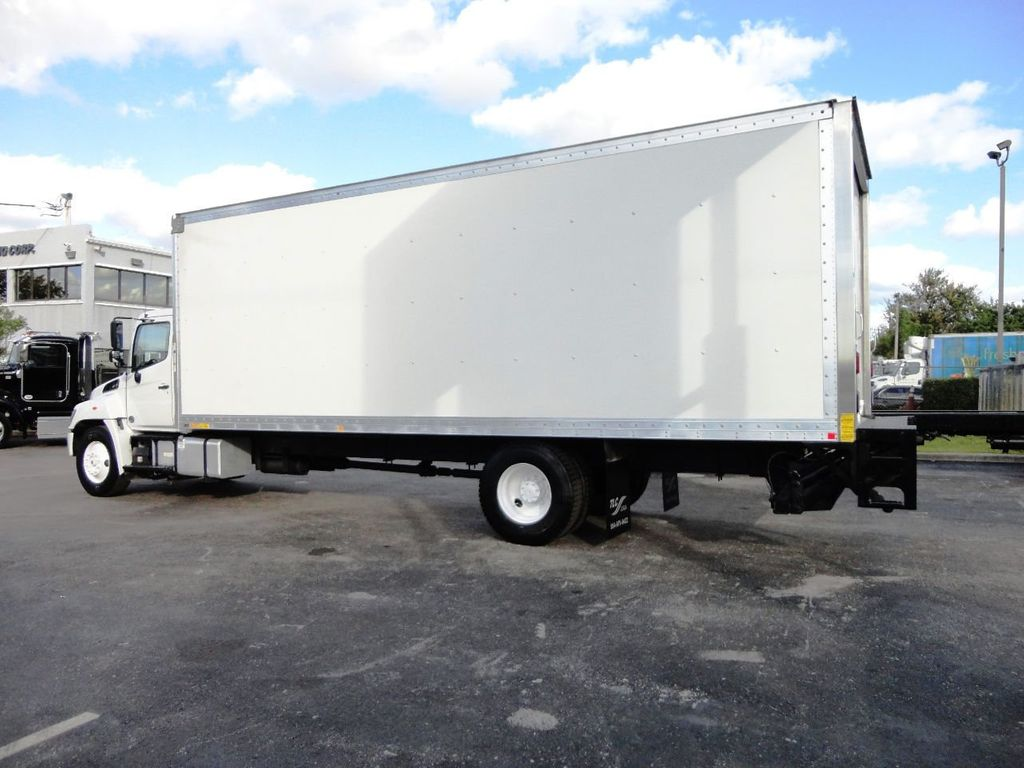 2016 HINO 268A 26FT DRY BOX TRUCK . CARGO TRUCK WITH LIFTGATE - 18388525 - 7