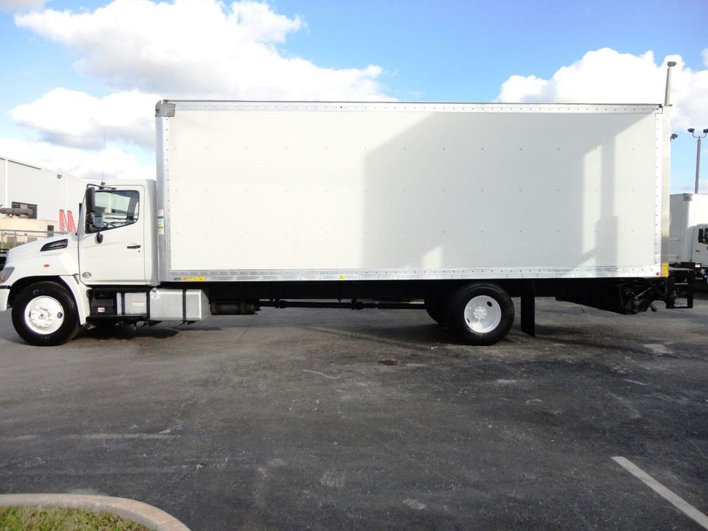 2016 HINO 268A 26FT DRY BOX TRUCK . CARGO TRUCK WITH LIFTGATE - 18388525 - 8