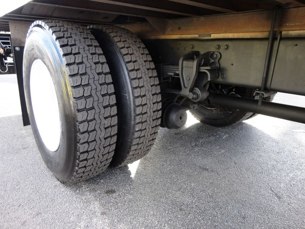 2016 HINO 268A 26FT DRY BOX TRUCK . CARGO TRUCK WITH LIFTGATE - 18388526 - 13