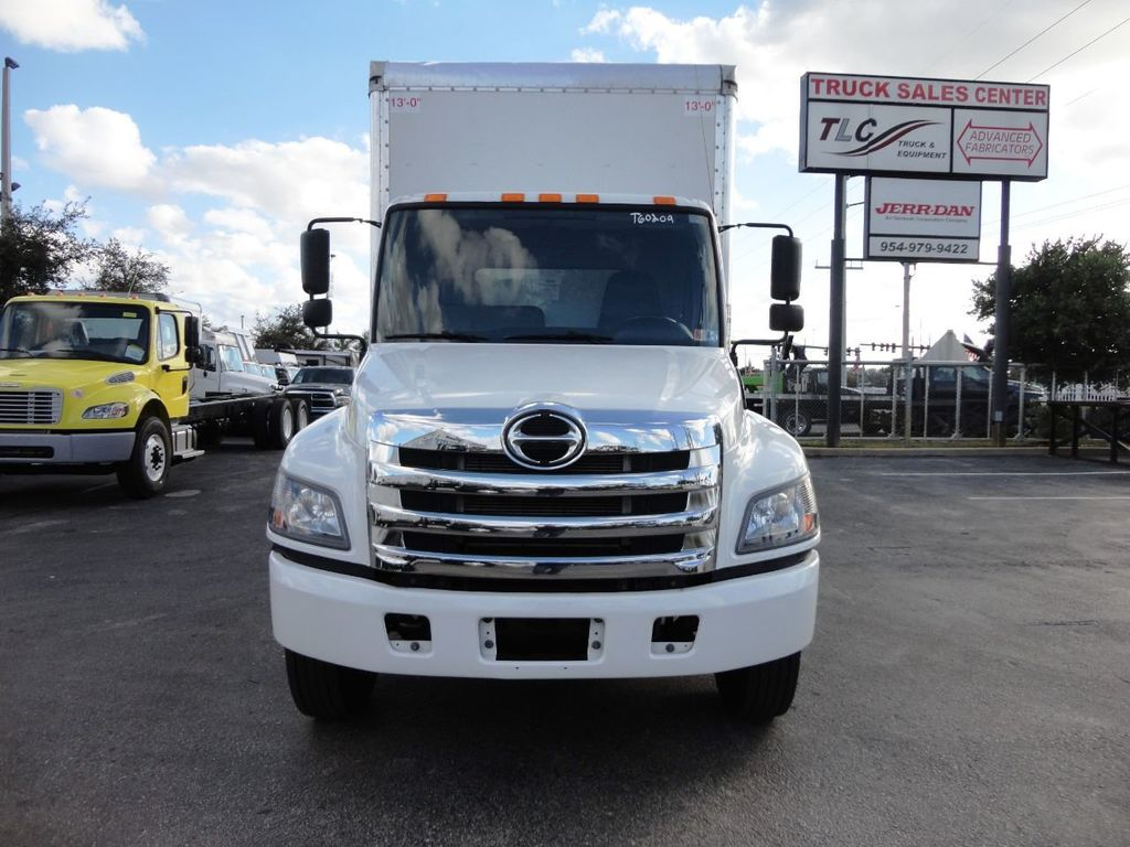 2016 HINO 268A 26FT DRY BOX TRUCK . CARGO TRUCK WITH LIFTGATE - 18388526 - 1