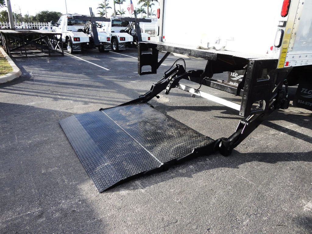 2016 HINO 268A 26FT DRY BOX TRUCK . CARGO TRUCK WITH LIFTGATE - 18388526 - 26