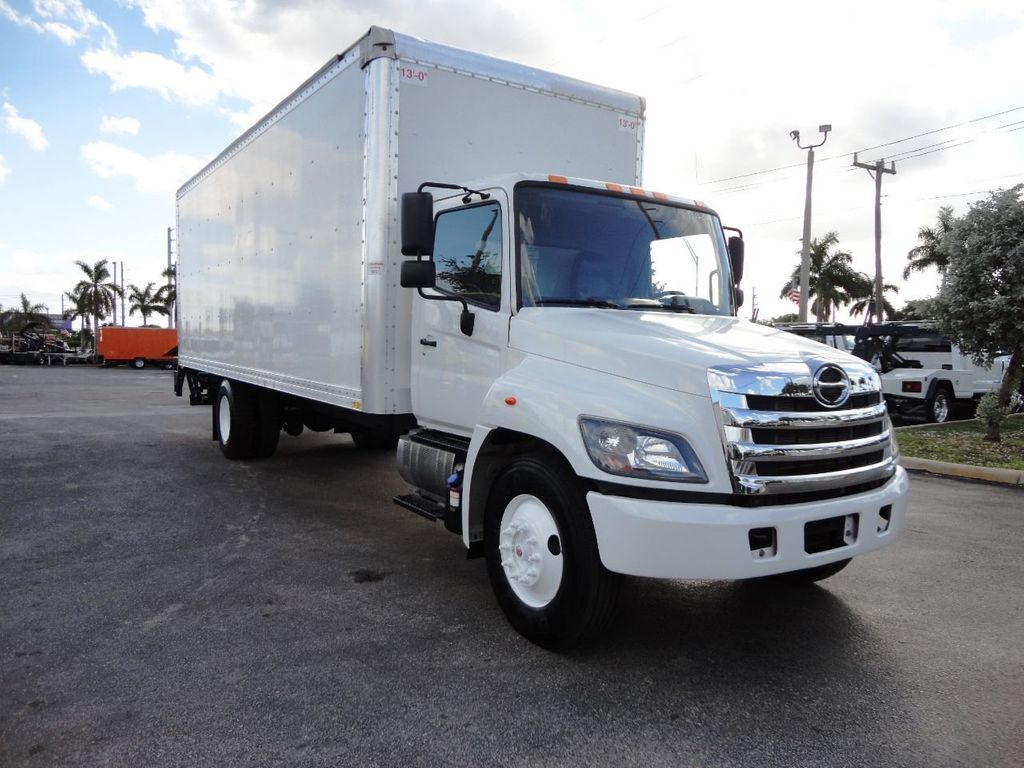 2016 HINO 268A 26FT DRY BOX TRUCK . CARGO TRUCK WITH LIFTGATE - 18388526 - 2