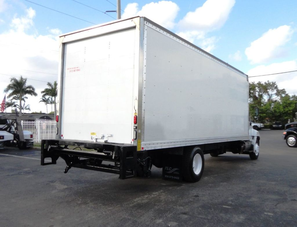 2016 HINO 268A 26FT DRY BOX TRUCK . CARGO TRUCK WITH LIFTGATE - 18388526 - 4