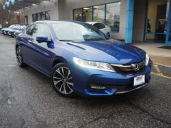 2016 Honda Accord Coupe - 1HGCT1B67GA011451