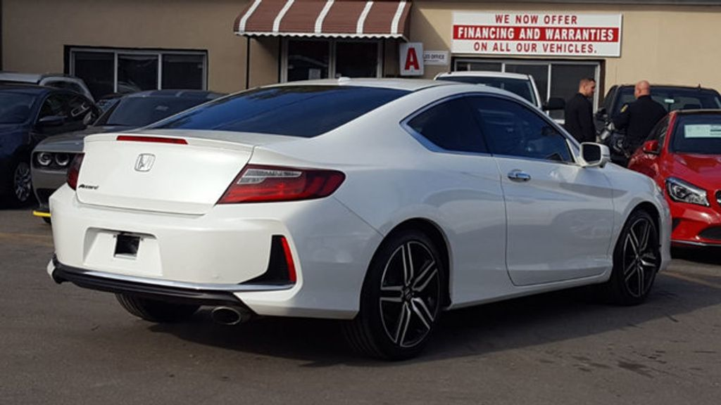 2016 Honda Accord Coupe EX-L - 18295766 - 4