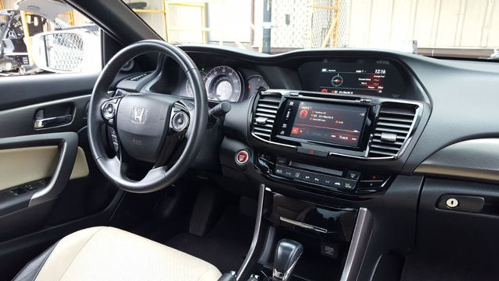 2016 Honda Accord Coupe EX-L - 18295766 - 8