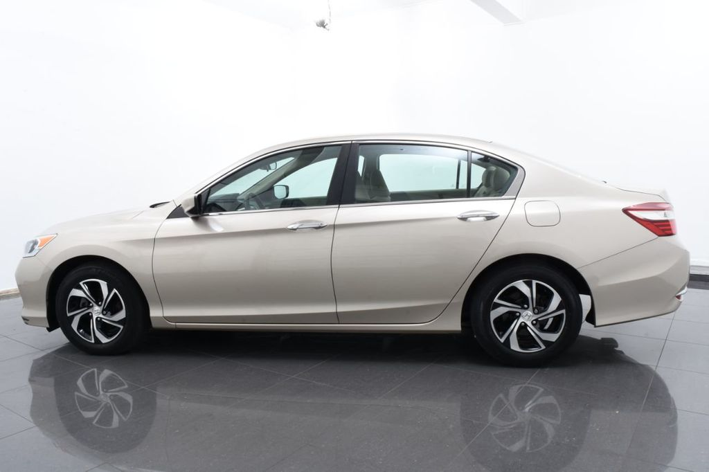 2016 Honda Accord Sedan 4dr I4 CVT LX - 18346841 - 10