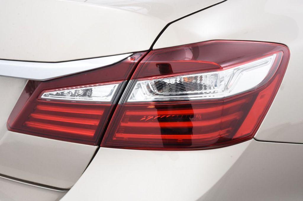 2016 Honda Accord Sedan 4dr I4 CVT LX - 18346841 - 17