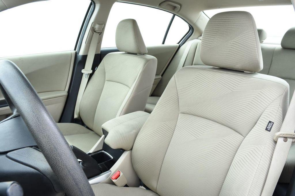 2016 Honda Accord Sedan 4dr I4 CVT LX - 18346841 - 23