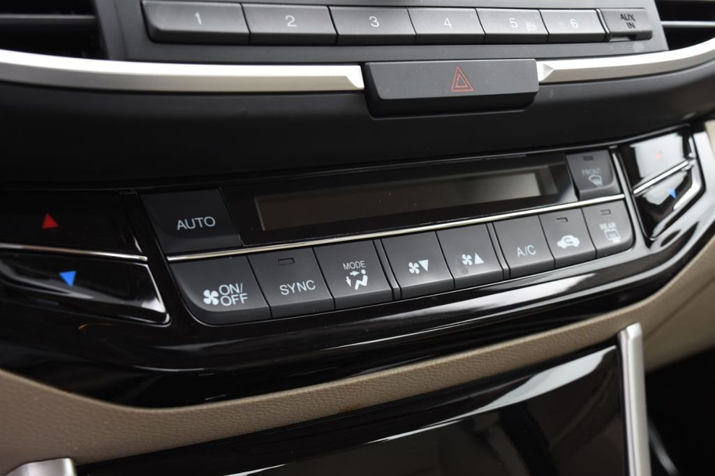 2016 Honda Accord Sedan 4dr I4 CVT LX - 18346841 - 35