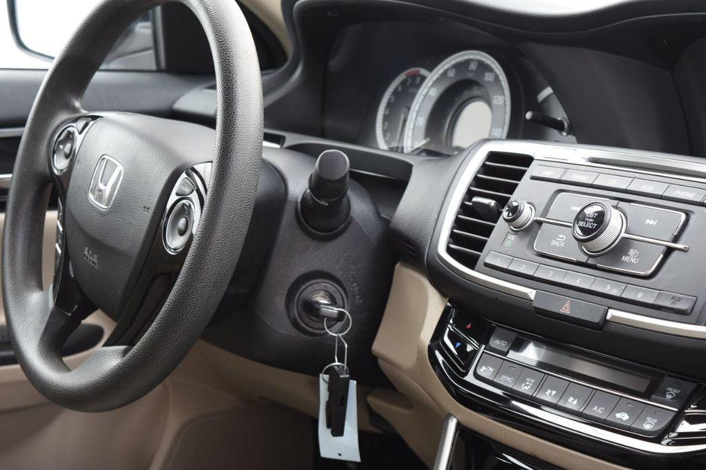 2016 Honda Accord Sedan 4dr I4 CVT LX - 18346841 - 38