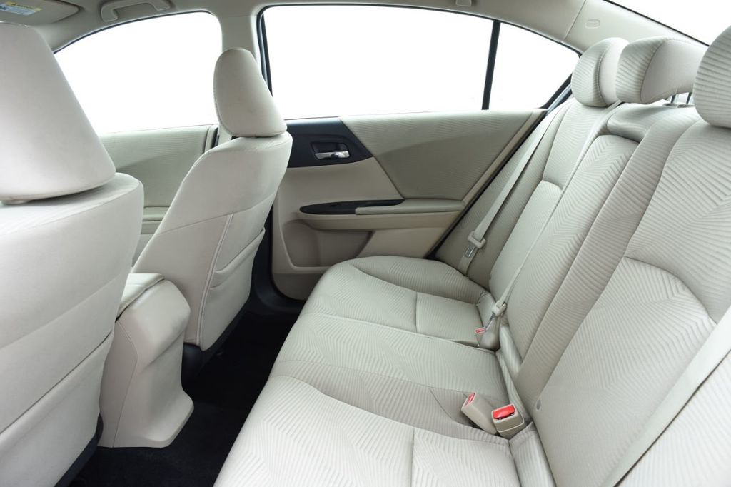 2016 Honda Accord Sedan 4dr I4 CVT LX - 18346841 - 40
