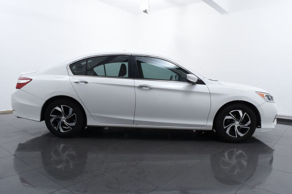 2016 Honda Accord Sedan 4dr I4 CVT LX - 18383038 - 11