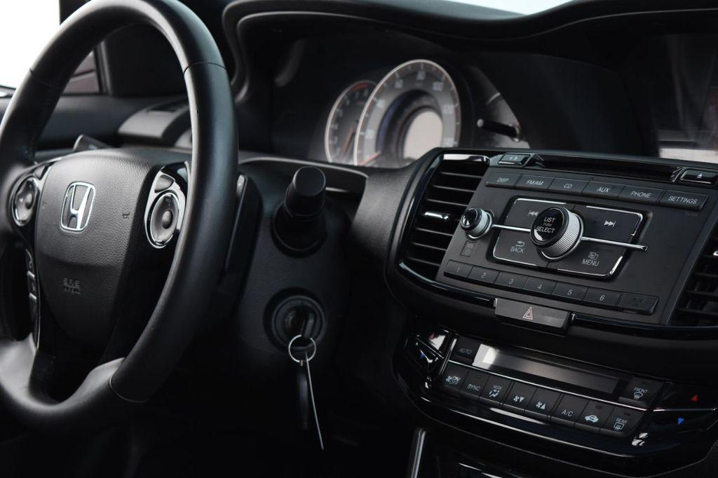 2016 Honda Accord Sedan 4dr I4 CVT Sport - 18346858 - 37