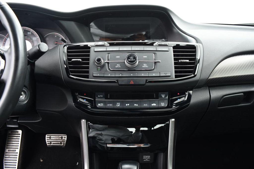 2016 Honda Accord Sedan 4dr I4 CVT Sport - 18432701 - 29