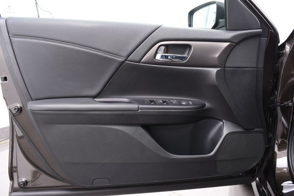 2016 Honda Accord Sedan 4dr I4 CVT Sport w/Honda Sensing - 18432697 - 49
