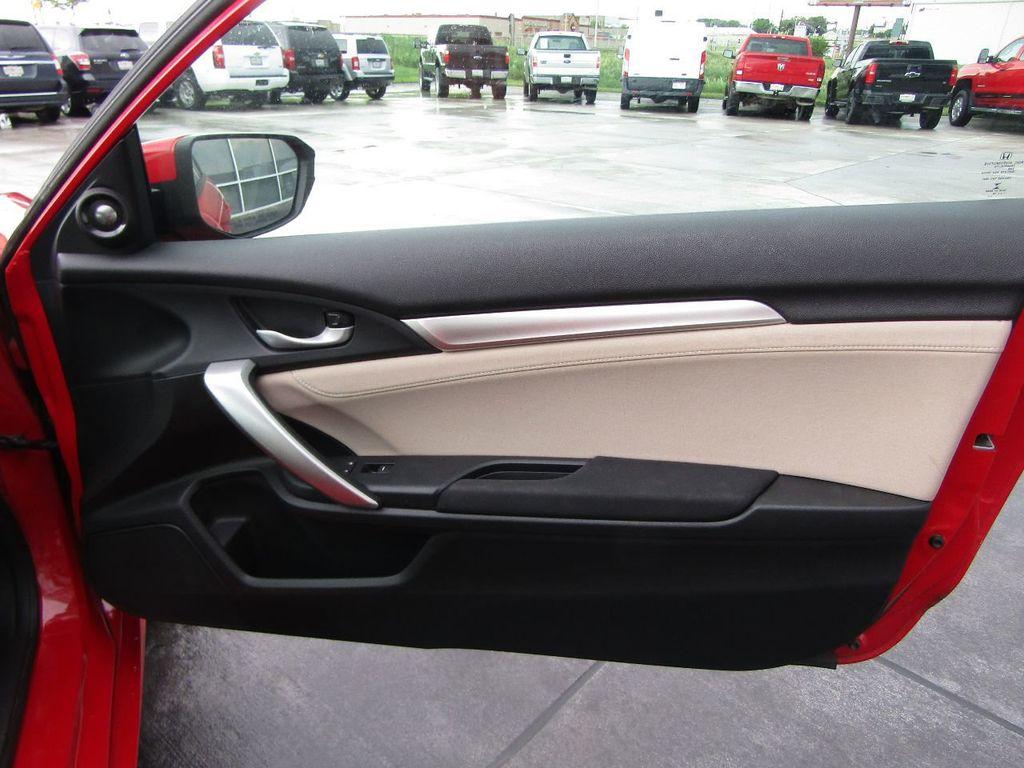 2016 Honda Civic Coupe 2dr CVT EX-T - 17759938 - 29