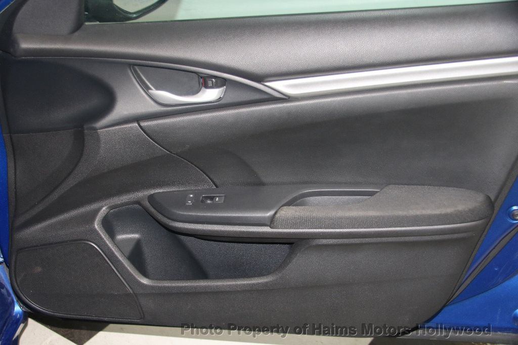 2016 Honda Civic Sedan 4dr CVT LX - 17297350 - 11