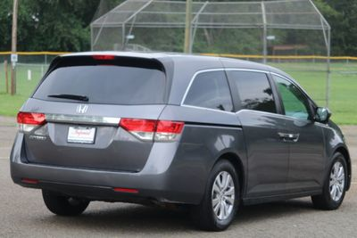 2016 Honda Odyssey 5dr EX-L - Click to see full-size photo viewer